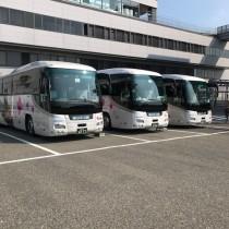 IMG_0329バス3台