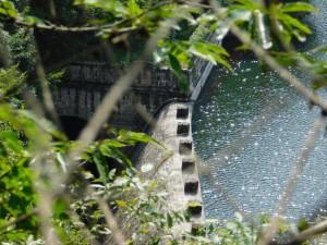 20-放水堰堤
