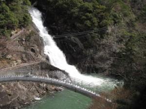 7-放水トンネル放水中